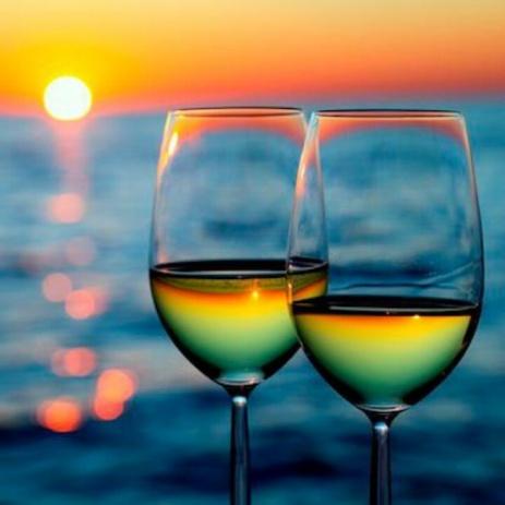 wineglassessunset2